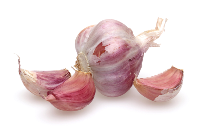 4 Reasons Why Garlic Is The New Superfood for Elders